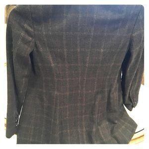 Super swag hi-lo cut Cabi blazer, size 8